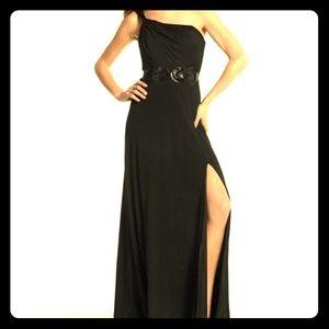 White House Black Market blk drape gown 1 shoulder